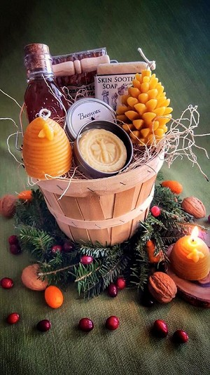 Christmas and Holiday Gift Basket- Our Special Honey and Hive Gift basket
